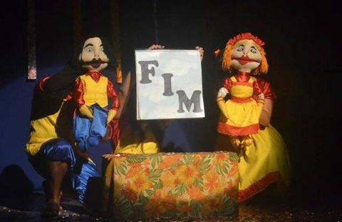 Cantigadeira, em cartaz no Teatro 1 do Sesc