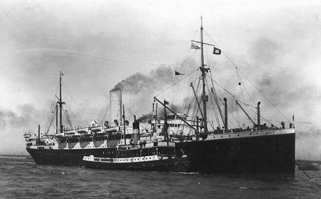Launch of the Demerara Royal Mail Steam Ship, at Bristal Giclee Print by Art.com - Gente de Opinião