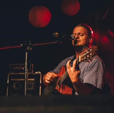 Músico Marcos Biesek - Gente de Opinião