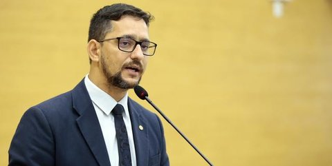 Deputado Anderson Pereira apresenta projeto para acrescentar tempo de aposentadoria dos servidores da saúde e segurança pública