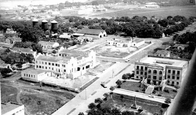 Cidade de Porto Velho em 1961; em primeiro plano o Palácio Presidente Vargas e o Porto Velho Hotel, atual Unir Centro - Gente de Opinião
