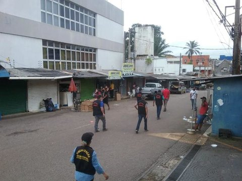Prefeitura de Porto Velho atende MP e retira ambulantes de vias públicas