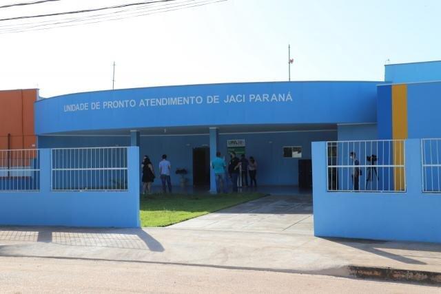 Prefeito de Porto Velho entrega UPA, praça, asfalto  ônibus e outros benefícios no distrito - Gente de Opinião
