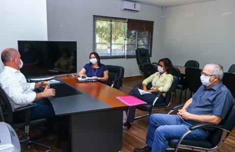 Todos os 419 Professores de Ji-Paraná terão notebook para trabalhar em casa