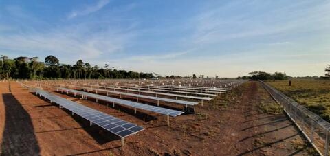 São Francisco recebe as últimas placas solares para usina fotovoltaica