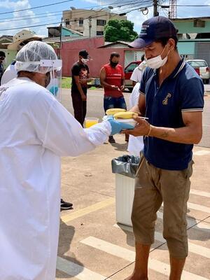 Igreja, Semasf, doadores e voluntários. a corrente do bem contra a fome na Sagrada Família