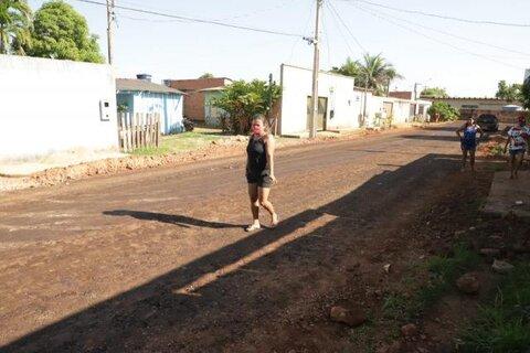 Porto Velho: moradores do bairro Lagoinha respiram  aliviados com a chegada de asfalto novo
