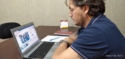 Vereador Waldemar Neto é procurado por profissionais da saúde que buscam melhorias para trabalhos da categoria.