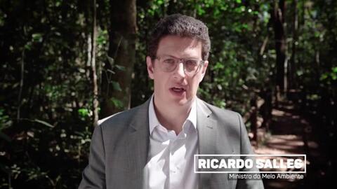 Ministro do Meio Ambiente faz vídeo citando entrega da segunda remessa de contentores de lixo para Vilhena