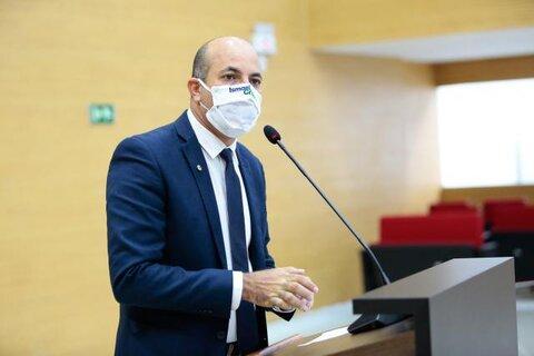 Deputado Ismael Crispin cobra informações sobre descarte de resíduos de origem animal