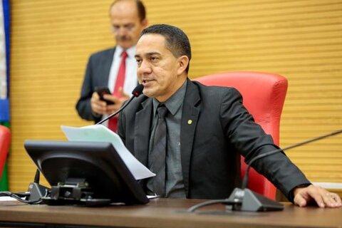 Eyder Brasil destina emendas e acompanha ações no interior do Estado