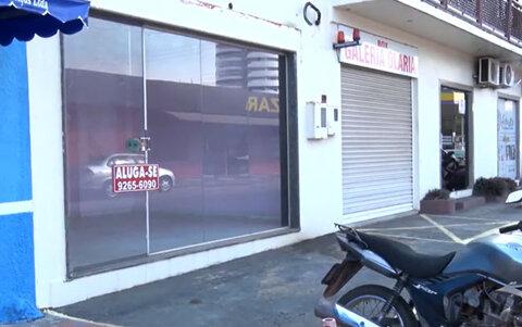Pesquisa do IBGE revela que estabelecimentos comerciais fecharam as portas por causa da pandemia