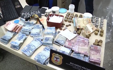 Polícia prende traficantes de drogas, em Ariquemes