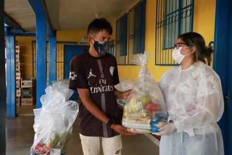 Prefeitura de Porto Velho continua entregando kits de alimentação