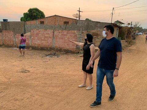 Vereadora Cristiane Lopes continua cobrando finalização de obras do Bairro Aeroclube